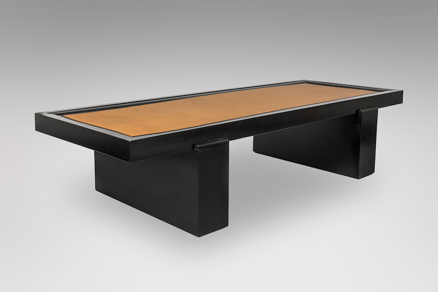 Table basse laque cuir - copie