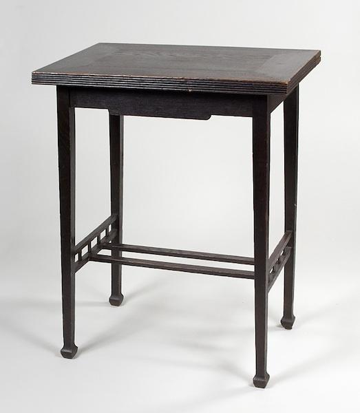 Table-a-jeu-Allemagne-1900