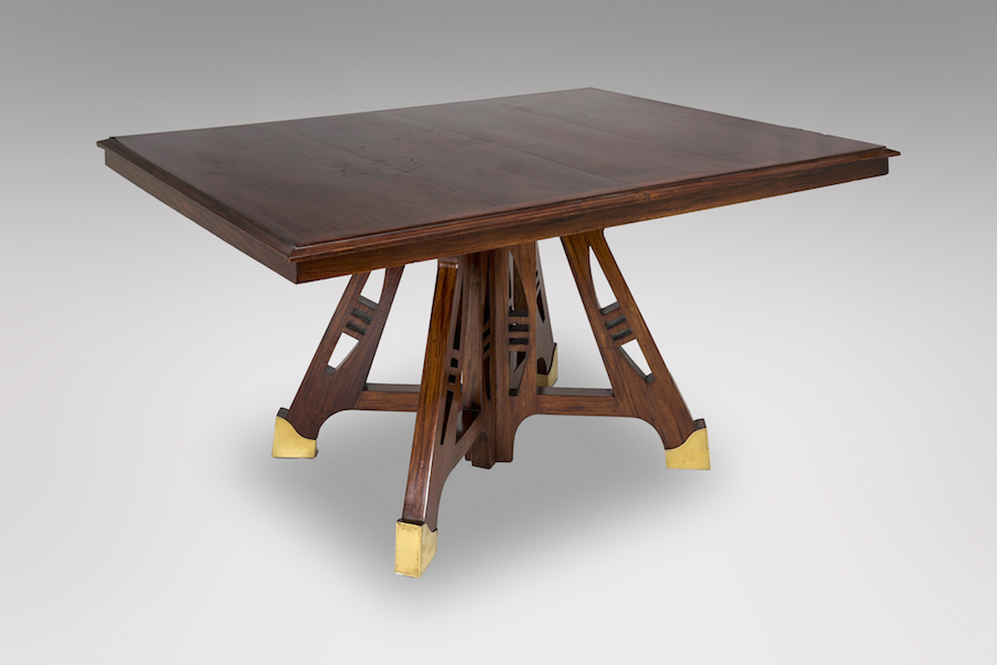 Table 1900