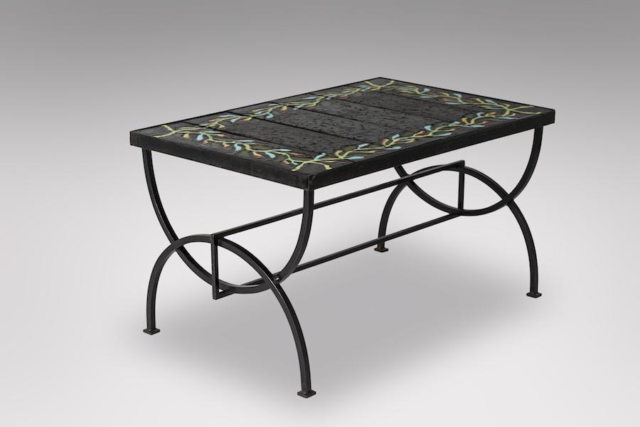 Table basse fer et pierre de lave