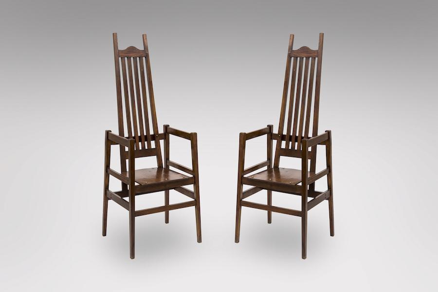 fauteuils voysey 1