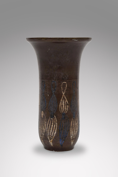 Bronze primavera vase1